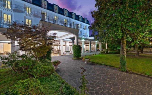 Отель Excelsior Terme Италия, Абано-Терме - отзывы, цены и фото номеров - забронировать отель Excelsior Terme онлайн вид на фасад