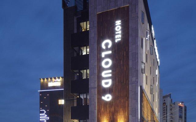 Cloud 9 Hotel вид на фасад