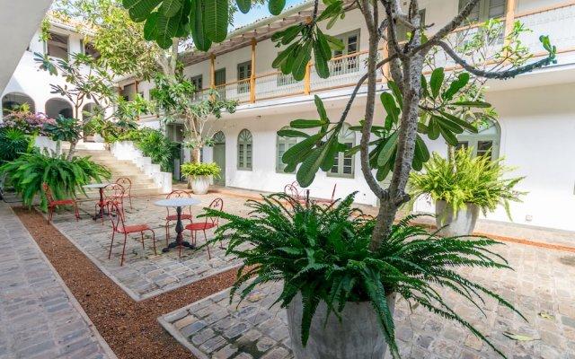 Отель Fort Bazaar Шри-Ланка, Галле - отзывы, цены и фото номеров - забронировать отель Fort Bazaar онлайн вид на фасад