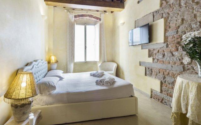 Апартаменты Signoria honeymoon apartment Флоренция комната для гостей