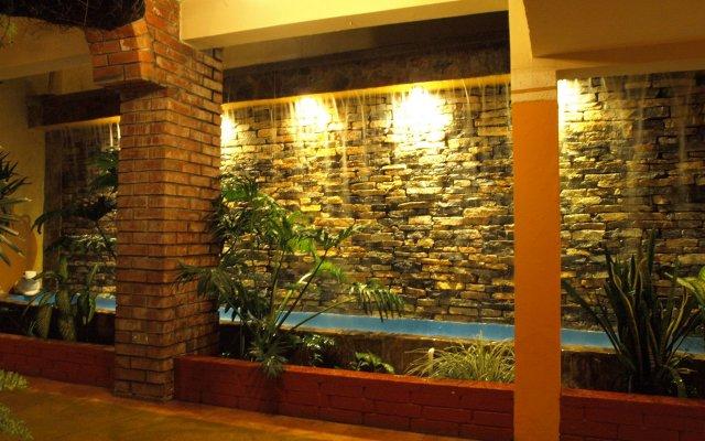 La Quinta Hotel вид на фасад