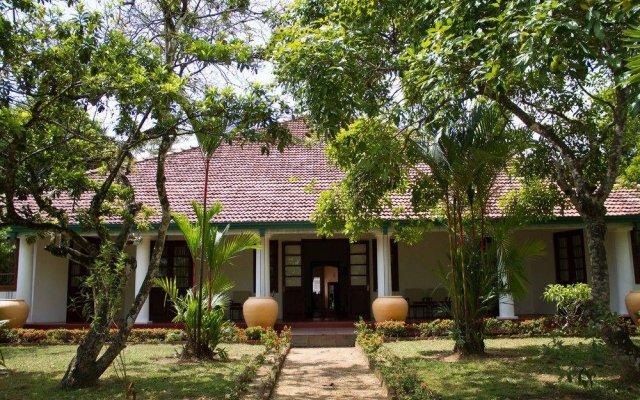 Отель Thebuwana Bungalow вид на фасад