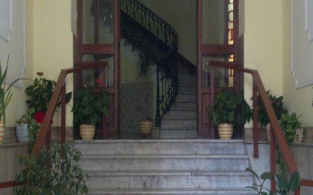 Hotel Philia вид на фасад