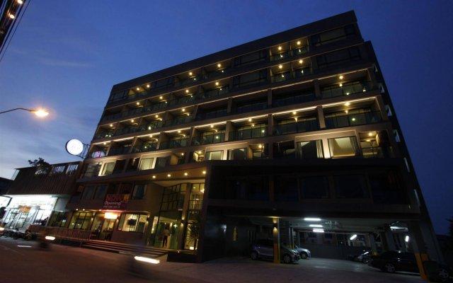 Отель Memo Suite Pattaya Таиланд, Паттайя - отзывы, цены и фото номеров - забронировать отель Memo Suite Pattaya онлайн вид на фасад