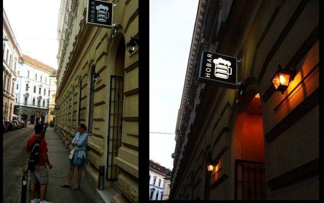 Отель HoBar - the hostel bar Венгрия, Будапешт - отзывы, цены и фото номеров - забронировать отель HoBar - the hostel bar онлайн вид на фасад