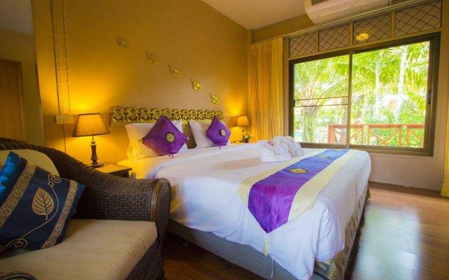 Отель Phuket Chaba Hotel Таиланд, Пхукет - 1 отзыв об отеле, цены и фото номеров - забронировать отель Phuket Chaba Hotel онлайн вид на фасад
