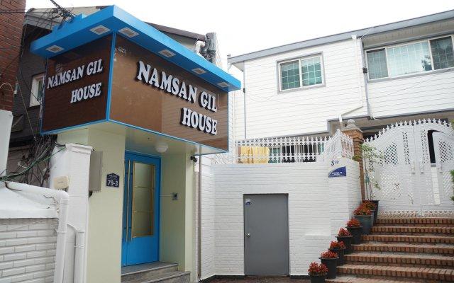 Отель Namsan Gil House вид на фасад
