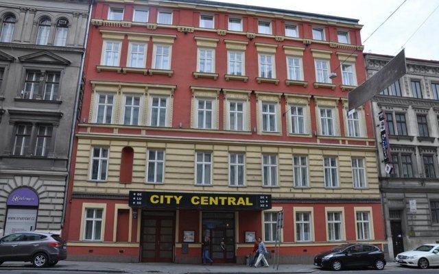 Отель City Central De Luxe Чехия, Прага - 5 отзывов об отеле, цены и фото номеров - забронировать отель City Central De Luxe онлайн вид на фасад