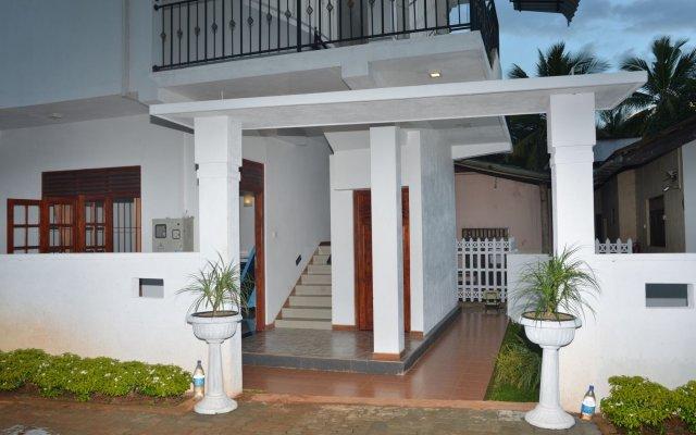 Отель Rajarata Lodge Шри-Ланка, Анурадхапура - отзывы, цены и фото номеров - забронировать отель Rajarata Lodge онлайн вид на фасад
