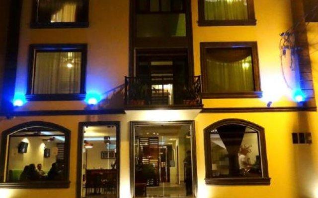 Veranda Hotel вид на фасад