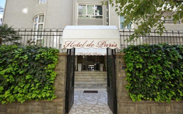 Hotel de Paris вид на фасад