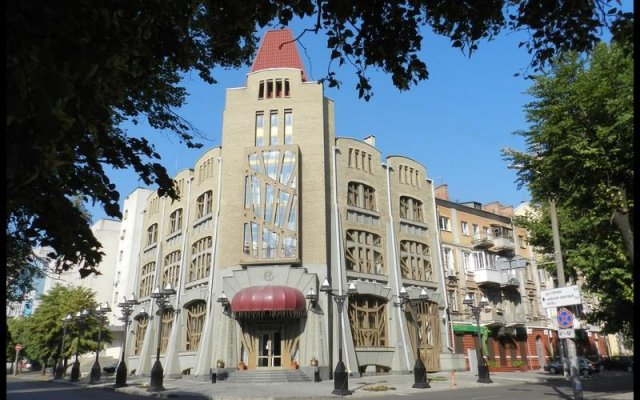 Гостиница Европейский вид на фасад