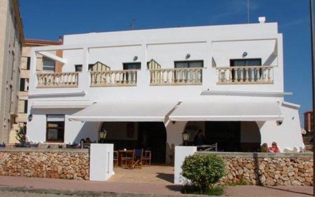 Отель Hostal Sa Prensa Испания, Сьюдадела - отзывы, цены и фото номеров - забронировать отель Hostal Sa Prensa онлайн вид на фасад