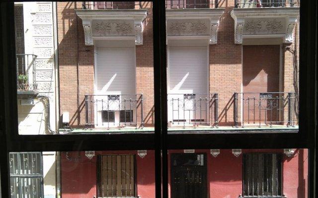 Отель Hostel One Madrid Испания, Мадрид - отзывы, цены и фото номеров - забронировать отель Hostel One Madrid онлайн вид на фасад