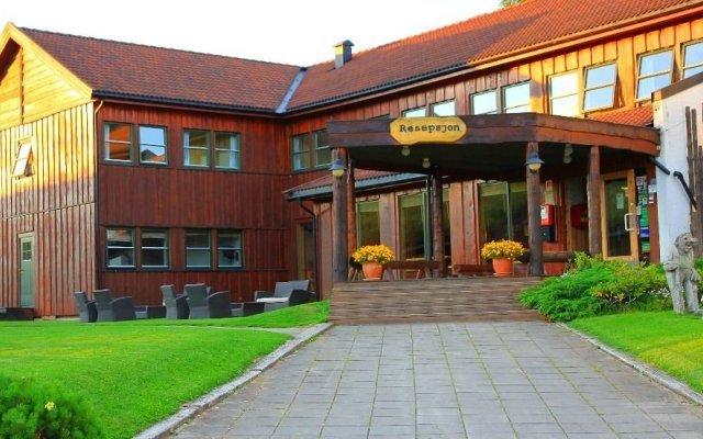 Отель Lillehammer Turistsenter Budget Hotel Норвегия, Лиллехаммер - отзывы, цены и фото номеров - забронировать отель Lillehammer Turistsenter Budget Hotel онлайн вид на фасад