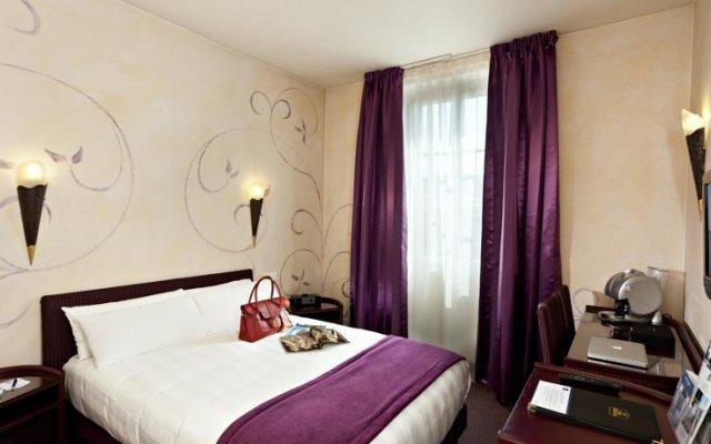 Отель BEST WESTERN Mondial Канны сейф в номере
