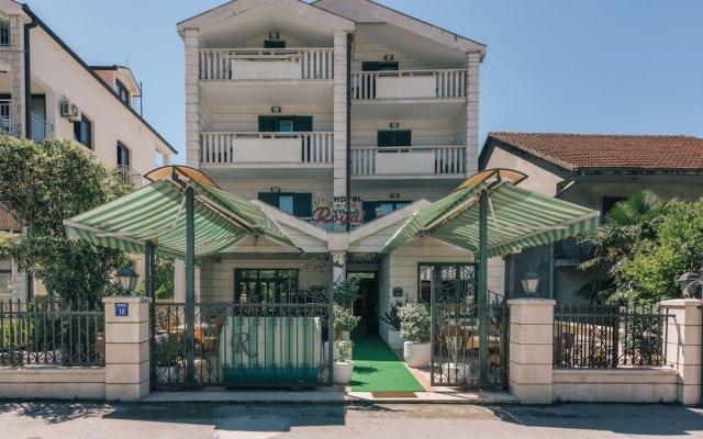 Отель Villa Royal