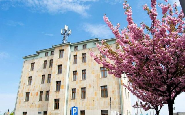 Warsaw River View