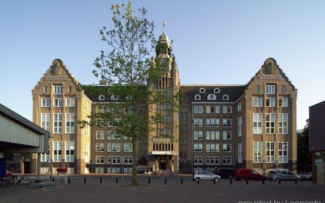 Lloyd Hotel Амстердам вид на фасад