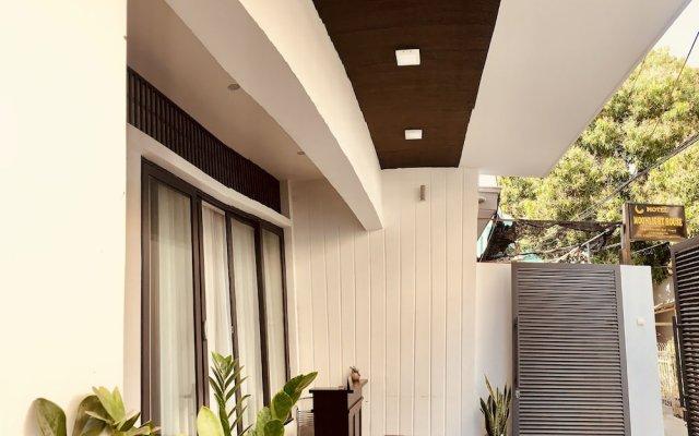 Апартаменты Moonlight House & Apartment Nha Trang Нячанг вид на фасад