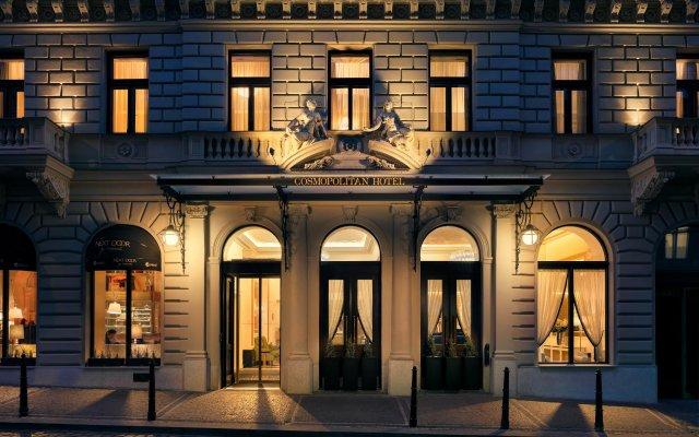 Отель Cosmopolitan Hotel Prague Чехия, Прага - 4 отзыва об отеле, цены и фото номеров - забронировать отель Cosmopolitan Hotel Prague онлайн вид на фасад