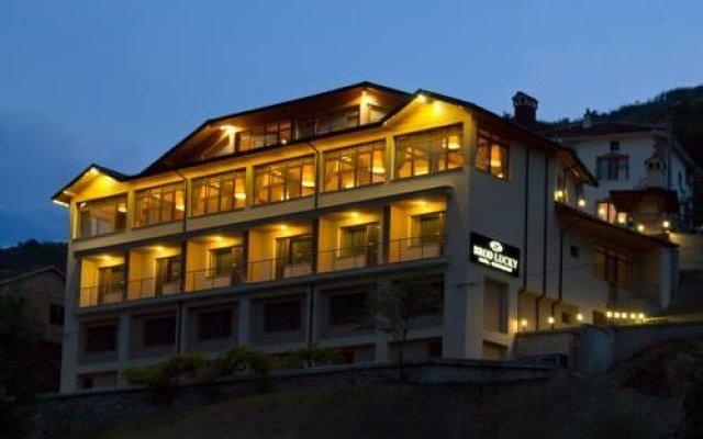 Отель Brod Lucky Болгария, Чепеларе - отзывы, цены и фото номеров - забронировать отель Brod Lucky онлайн