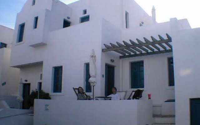 Отель Oias Retreat вид на фасад