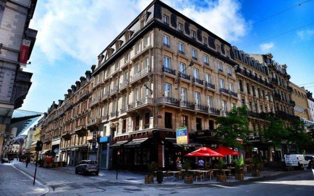 Отель Top Spot Residence 4 Бельгия, Брюссель - отзывы, цены и фото номеров - забронировать отель Top Spot Residence 4 онлайн вид на фасад