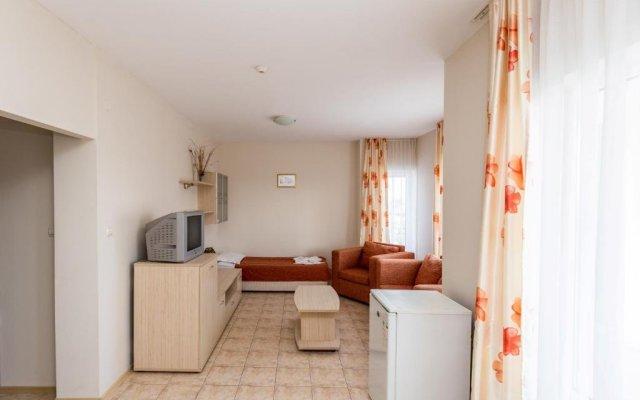 Апартаменты Belle Air Apartments Свети Влас комната для гостей