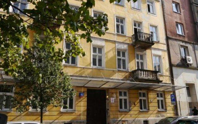 Отель Studio Rental Central Warsaw Польша, Варшава - 1 отзыв об отеле, цены и фото номеров - забронировать отель Studio Rental Central Warsaw онлайн вид на фасад
