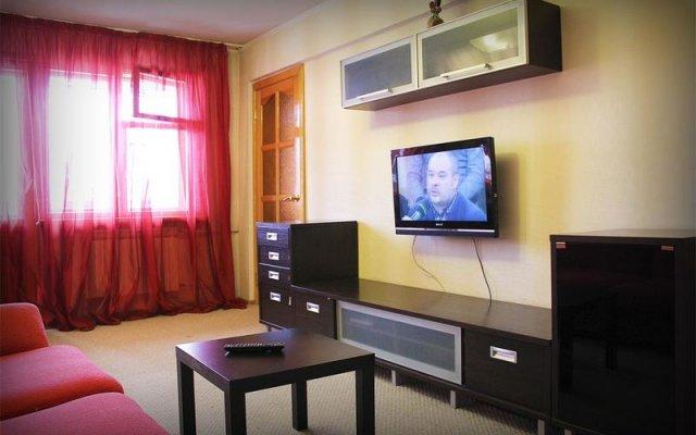 Апартаменты на Мухачева 133/2 комната для гостей