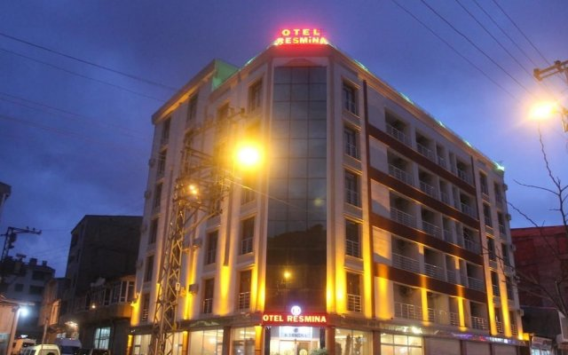 Resmina Hotel вид на фасад
