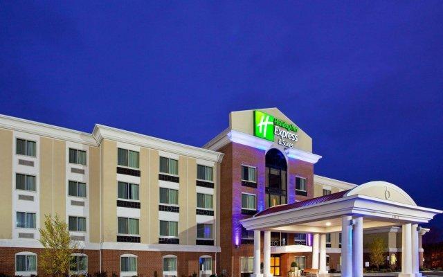 Holiday Inn Express Hotel & Suites Niagara Falls