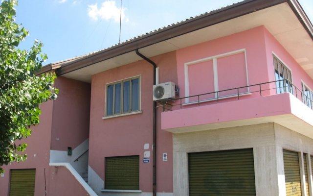 Отель Rosa Cottage Италия, Маргера - отзывы, цены и фото номеров - забронировать отель Rosa Cottage онлайн вид на фасад