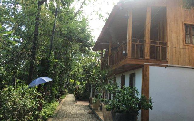 Отель Villa Oasis Luang Prabang вид на фасад