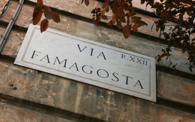 Отель B-Cool Rome Adults Only B&B вид на фасад