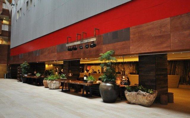 Отель The Salisbury - YMCA of Hong Kong вид на фасад