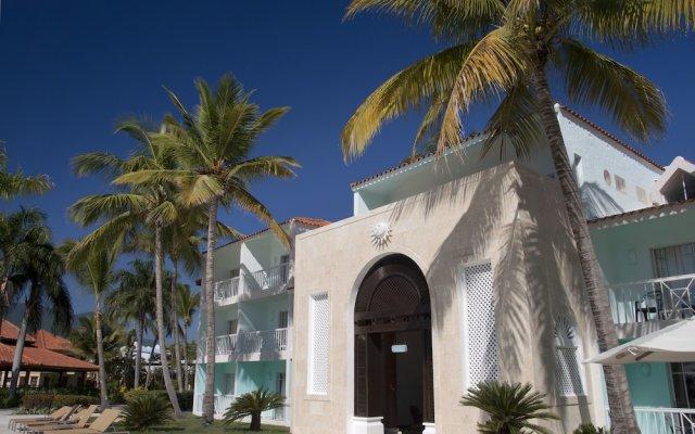 Отель VH Gran Ventana Beach Resort - All Inclusive Доминикана, Пуэрто-Плата - отзывы, цены и фото номеров - забронировать отель VH Gran Ventana Beach Resort - All Inclusive онлайн вид на фасад