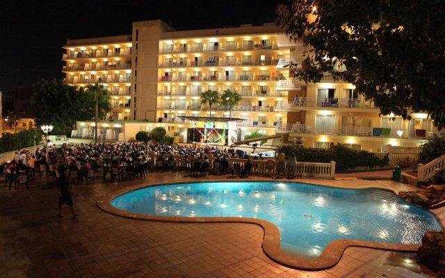Отель MLL Palma Bay Club Resort вид на фасад