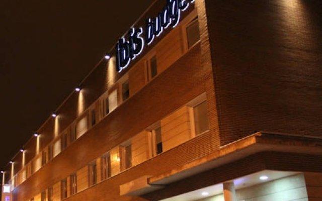 Отель Ibis Budget Madrid Centro Las Ventas вид на фасад
