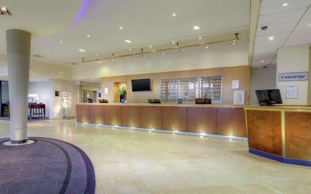 Отель Hilton Manchester Airport Манчестер интерьер отеля