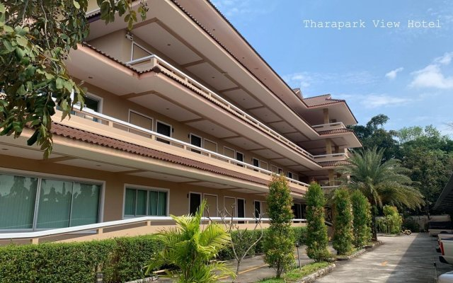 Tharapark View Hotel вид на фасад
