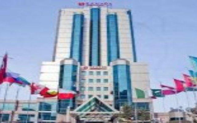 Гостиница Ramada Plaza Astana Hotel Казахстан, Нур-Султан - 3 отзыва об отеле, цены и фото номеров - забронировать гостиницу Ramada Plaza Astana Hotel онлайн вид на фасад