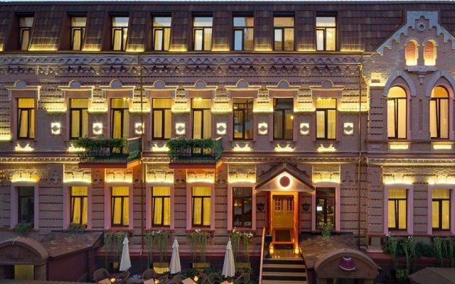 Гостиница HOTEL19 вид на фасад