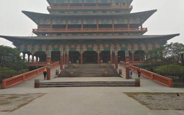 Отель Suramma Непал, Лумбини - отзывы, цены и фото номеров - забронировать отель Suramma онлайн вид на фасад