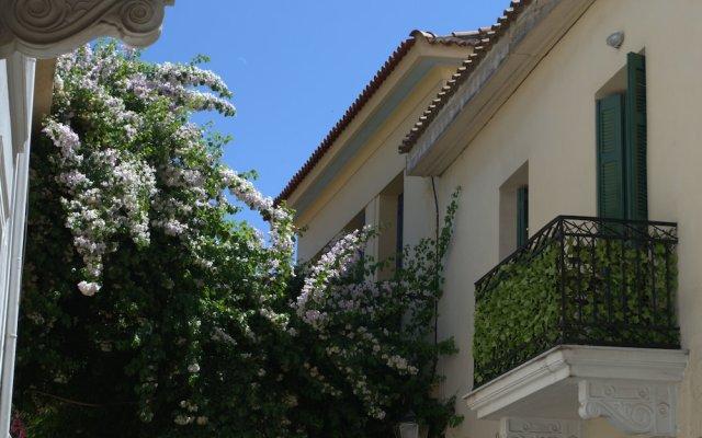 Отель Athenian House in Plaka Афины вид на фасад