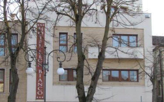 Hotel Leon Bianco Адрия вид на фасад