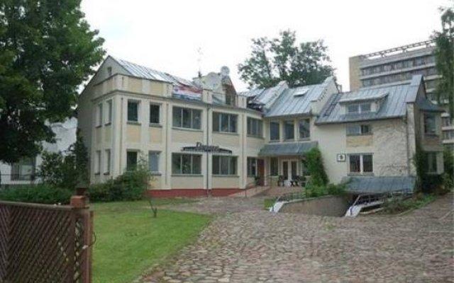 Отель Guest House Drusva Литва, Друскининкай - 1 отзыв об отеле, цены и фото номеров - забронировать отель Guest House Drusva онлайн вид на фасад