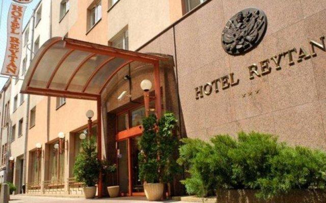 Отель Reytan Польша, Варшава - 14 отзывов об отеле, цены и фото номеров - забронировать отель Reytan онлайн вид на фасад