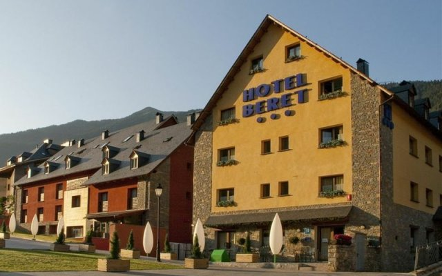 Отель Vita Beret вид на фасад